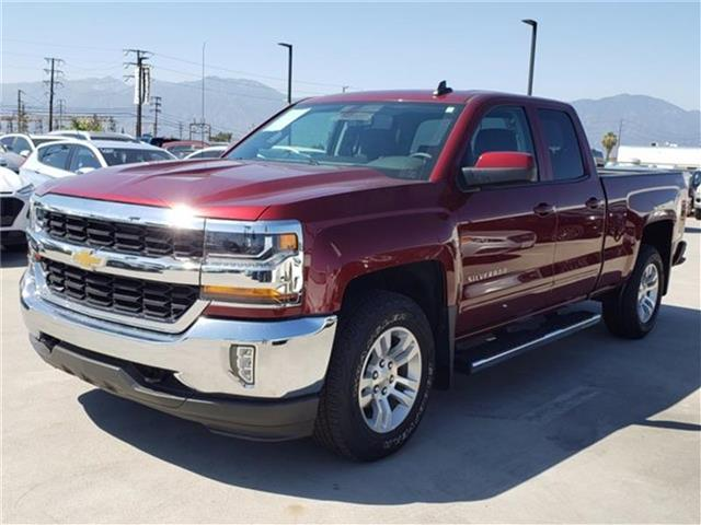Pre-Owned 2017 Chevrolet Silverado 1500 LT w/1LT 4x4 Double Cab 6.6 ft. box 143.5 in. WB