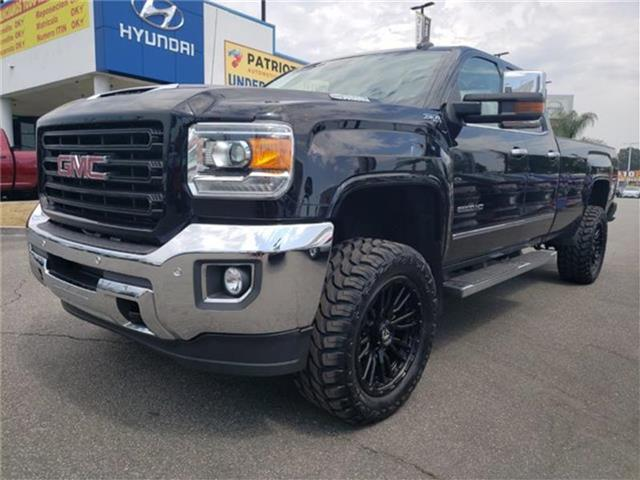 Pre-Owned 2017 GMC Sierra 2500HD SLT 4x4 Double Cab 8 ft. box 158.1 in. WB